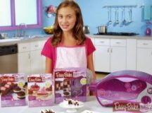 Teen Girl Protests Easy-Bake Oven To Make Versions For Boys Who Like To Bake