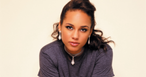 Musician & Mom Alicia Keys Can Now Add 'Global Creative Director Of Blackberry' To Her Resume