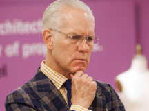 """Make It Work!"" Tim Gunn Wants Better Plus Size Fashion"