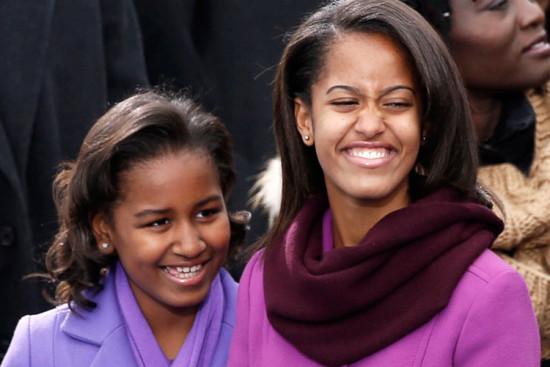 Malia-Sasha-Obama