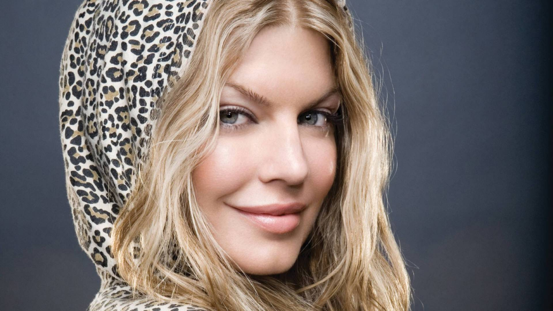 "Fergie: ""I'm All About Empowering Women"" - GirlTalkHQ Fergie"