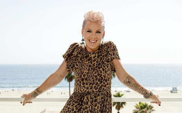 Pink Billboard Woman Of The Year 2013