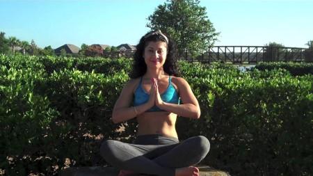 sahar-paz-yoga