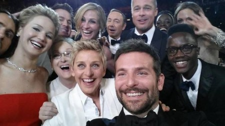 Oscars-celeb-selfie-twitter-record