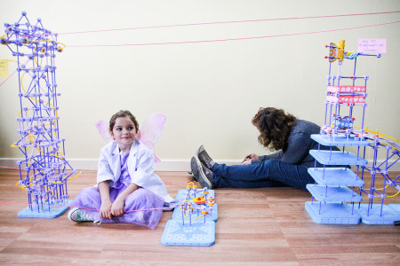GoldieBlox-engineering-video