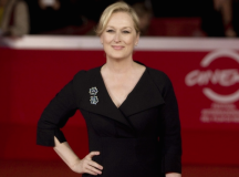 """Meryl Streep's Body Image Advice: """"What Makes You Different Is Your Strength"""""""