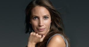Christy Turlington Burns Running The Extra Mile For Mothers In Crisis