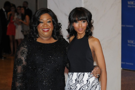 Shonda-Rhimes-and-Kerry-Washington-dcfab