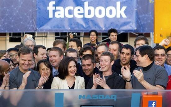 sheryl-Sandberg-facebook-staff