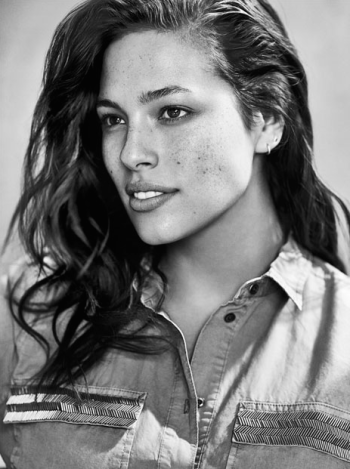 ... Size Model Ashley Graham Writes Essay On Being Healthy At Every Size