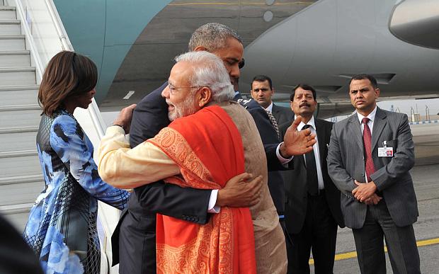 Narendra-Modi-president-obama-hugging