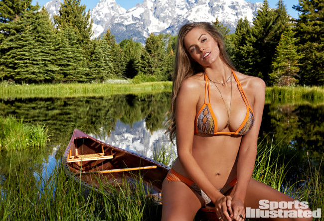 robyn-lawley-sports-illusrated-swimsuit-edition