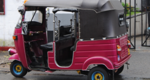 Pink Rickshaw Company Helping Pakistani Women Get Empowered & Avoid Harassment