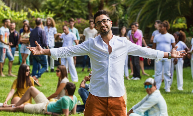 Moroccan Singer Ahmed Chawki Writes New Song About Female
