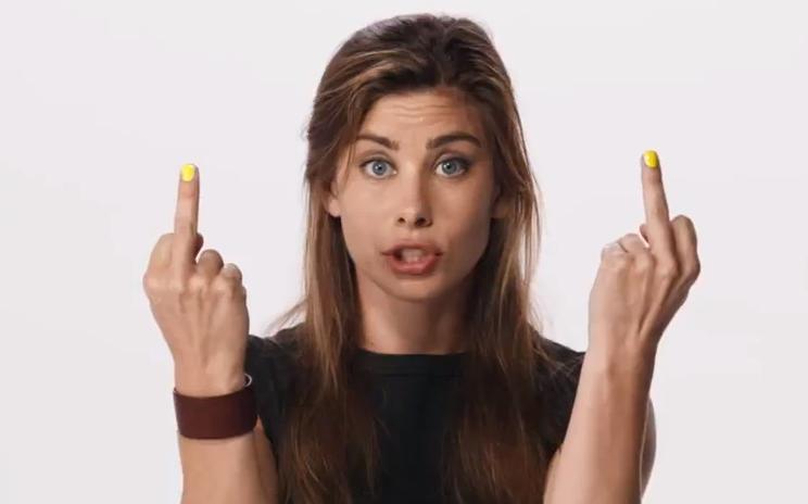 Smoking girls middle finger — photo 9