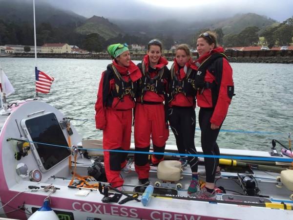coxless-crew-losing-sight-of-shore