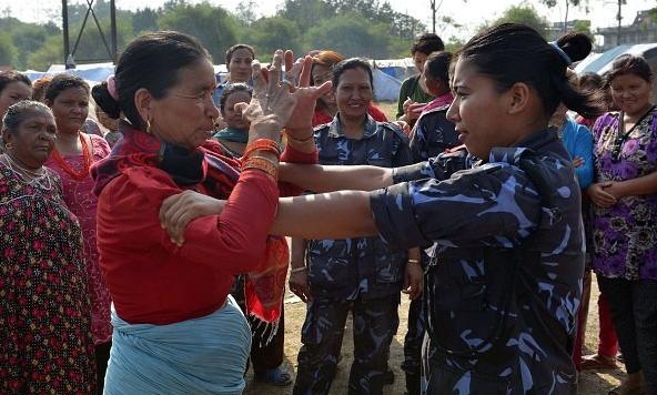 nepal-police-self-defence-women