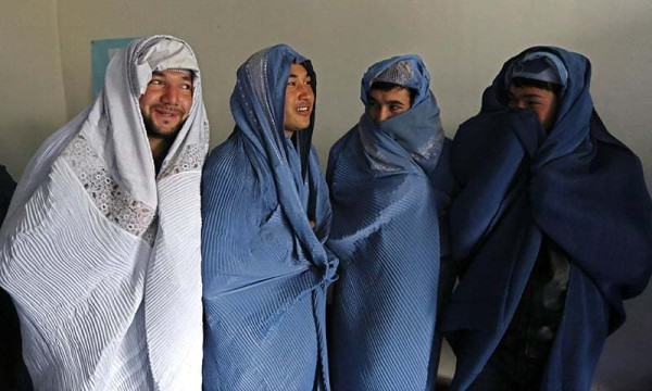 afghan-men-in-burqas