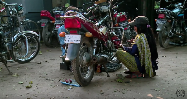 bangladesh-female-mechanics