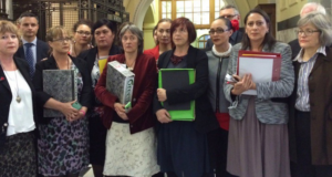 Female New Zealand Parliamentarians Stage A Walk-Out Over Comments About Rape