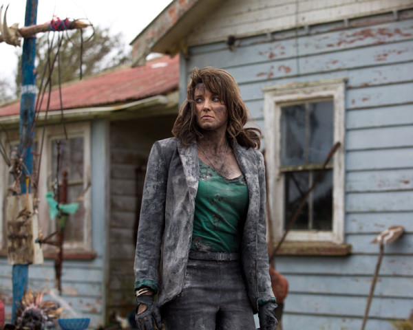 lucy-lawless-ash-vs-evil-dead