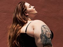 "Tess Holliday On Victoria's Secret: ""They Perpetuate The Image Of What's Wrong With Society"""