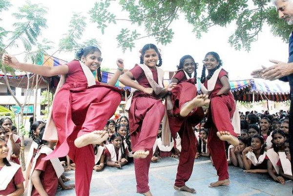 indian-school-girls-self-defense