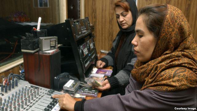 afghan-women-radio