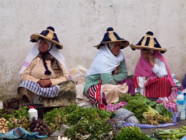 moroccan-Indigenous-berber-women