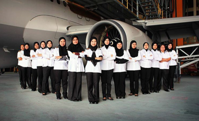 royal-brunei-airlines-all-female-crew