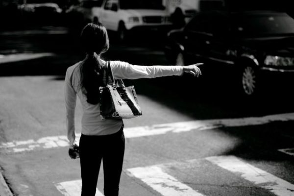woman-hailing-cab