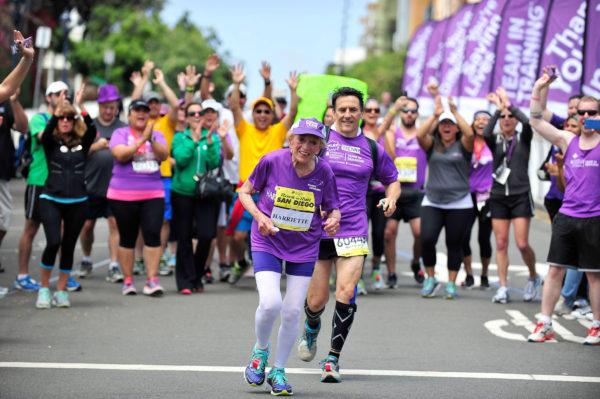 old-woman-running-marathon