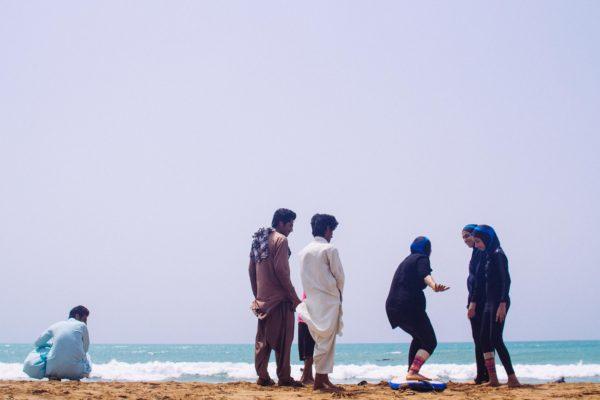 iran-surfing