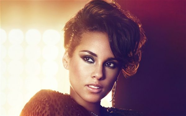 "why we think alicia keys essay on going make up is a game  ""we all get to a point in our lives especially girls where we try to be perfect does it start somewhere in second grade after picture day when you wear"