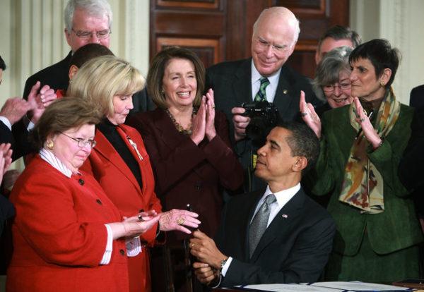 President-obama-lilly-ledbetter-act