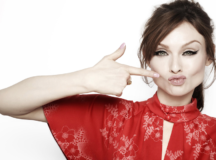 Pop Queen Sophie Ellis-Bextor Says Being A Working Mom Is Important To Her 'Familia'