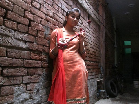 ginni-mahi-dalit-singer