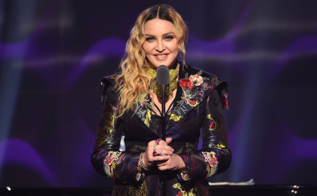 madonna-billboard-woman-of-the-year-2016
