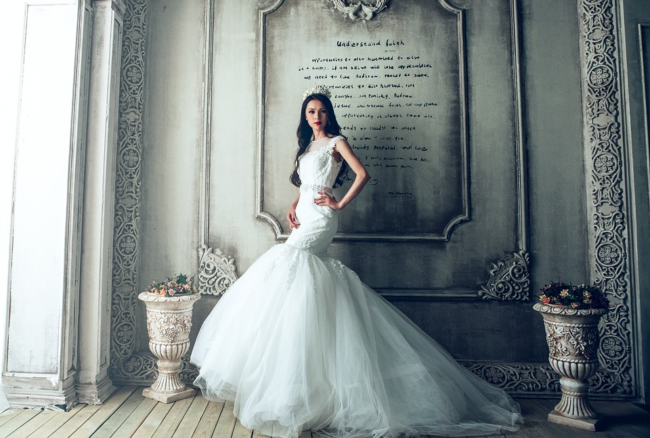 How To Make A Wedding Dresses.The Practical Bride How To Make A Simple Dress Look Totally